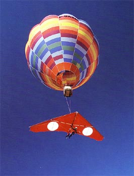 Hot air balloon and hang glider