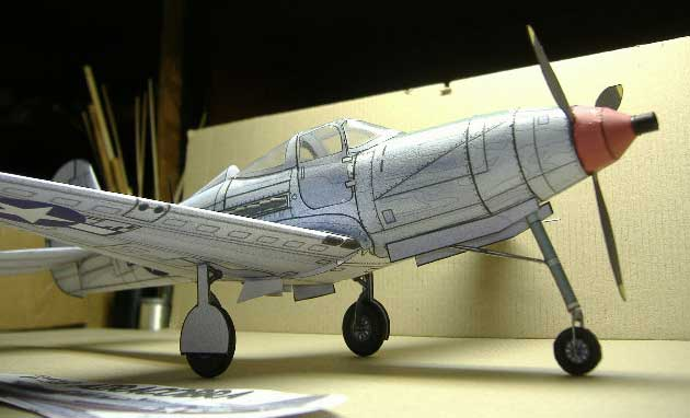 Bell P-39 Aircobra Cardmodel-sideview