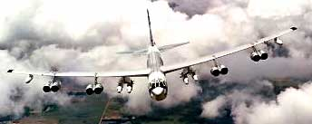 boeing B-52 stratofortress buff bomber  Wingspan Image
