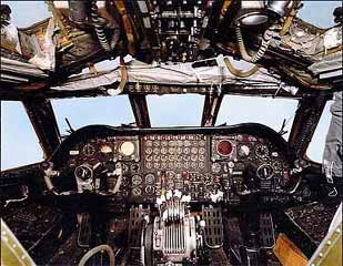 Boeing B-52 stratofortress BUFF free downloads cockpit-1