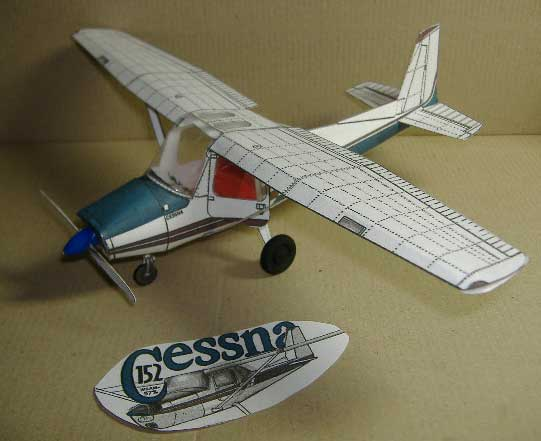 Cessna 152 Private Light Plane paper model