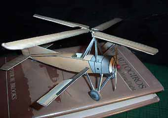 Cierva C-4 Autogyro downloadable cardmodel