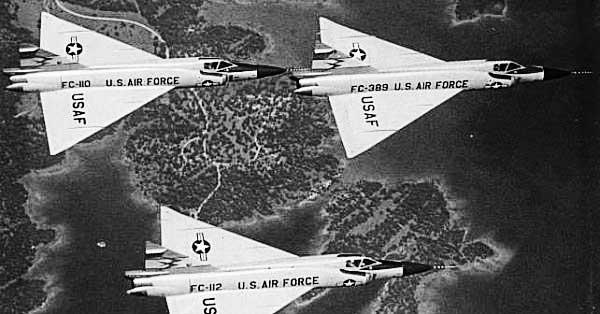 Corvair-F102-Delta-Dagger-Formation
