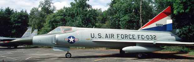 photo of a Convair F-102 Delta Dagger