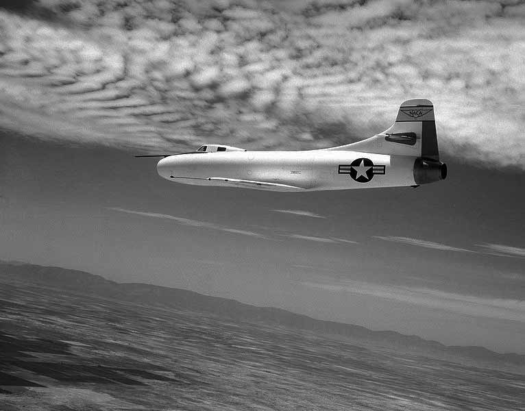 Douglas D558I Skystreak in flight