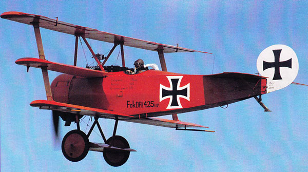 Fokker Dr-1 Triple decker airplane