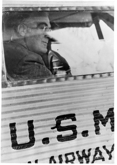 FDR waits as the Ford Trimotor takes on fuel in Cleveland