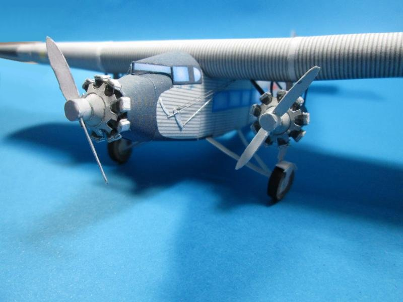 Ford Trimotor paper model airplane