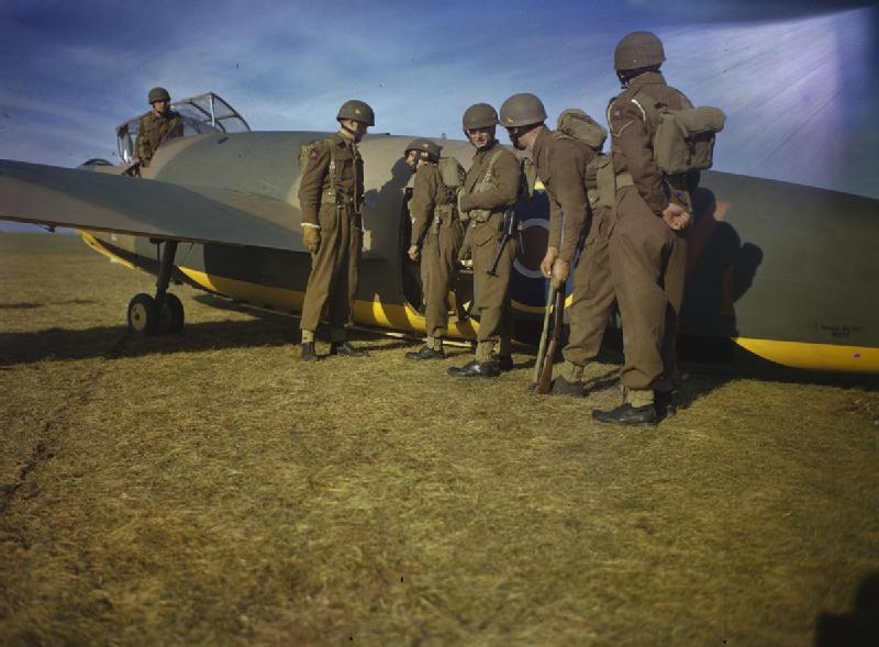 General Aircraft Hotspur with troops