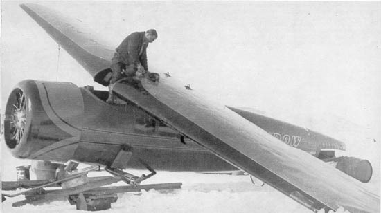 Lockheed Vega crashed in snow