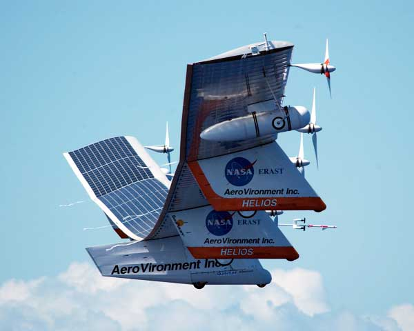 NASA Helios Solar Powerd Flying Wing In Flight