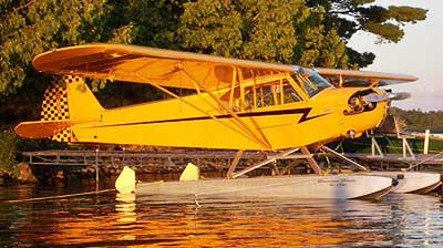 Piper J-3 Cub on floats
