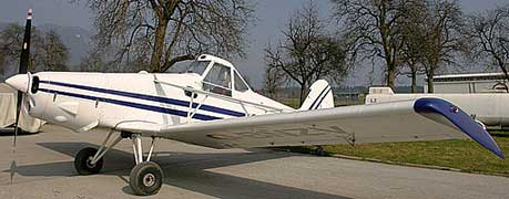Piper PA-25 Pawnee on ground
