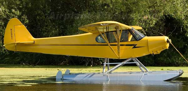 Piper Super Cub Floats