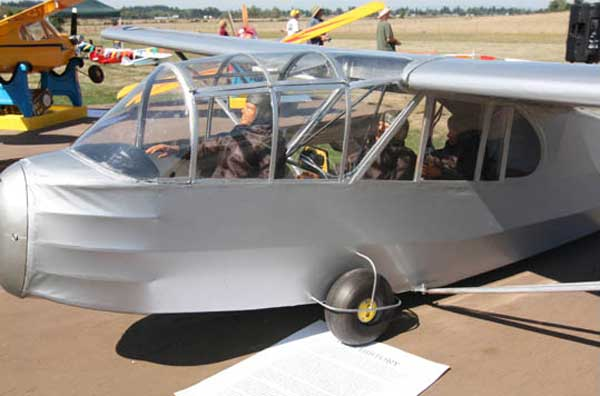 Piper TG-8 Traing Glider Airshow