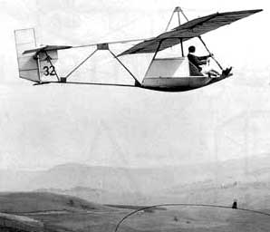 Primary-glider in flight