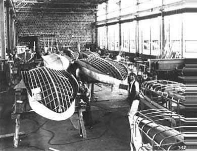 Sikorsky S-39-factory