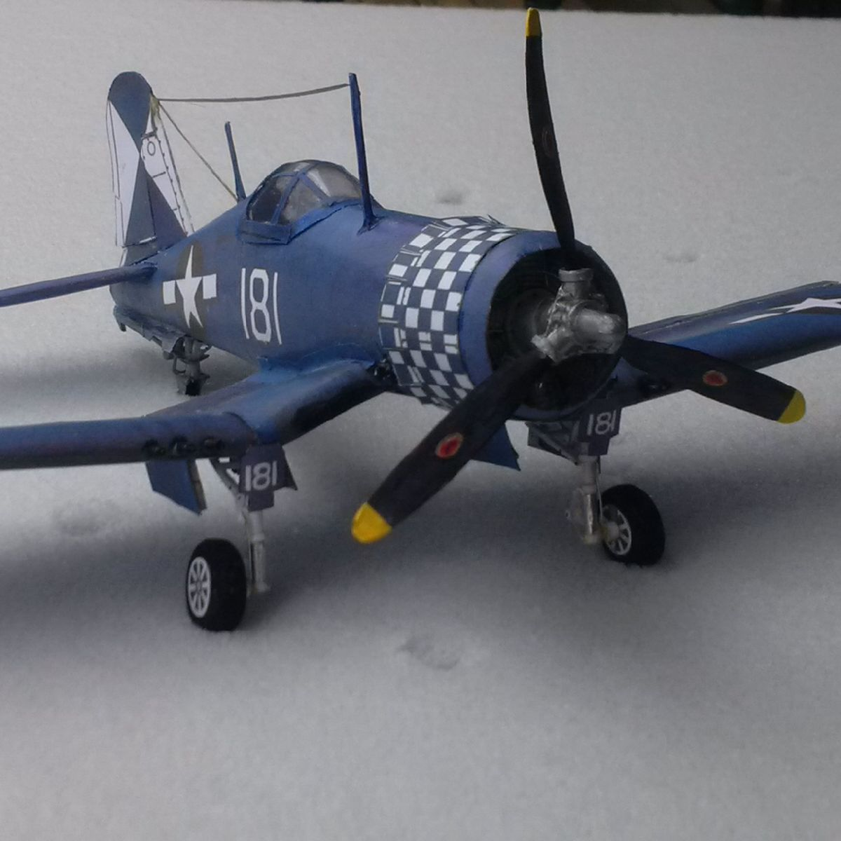 Vought's F4U Corsair Bob Lutz paper model