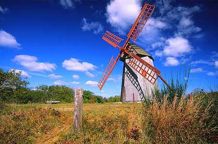 Nantucket Islands one & only Windmill old mill Fiddlersgreen.net