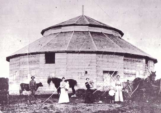 Polygonal Barn in Edmonton Alberta 1897
