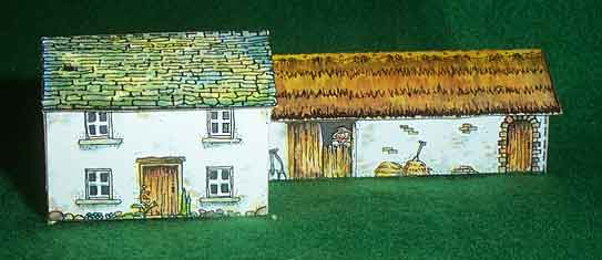 The Long House paper model
