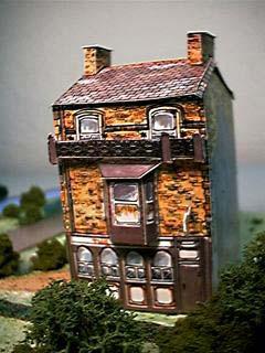 The Sun Inn paper model