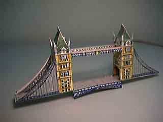 London's Tower Bridge paper model photo
