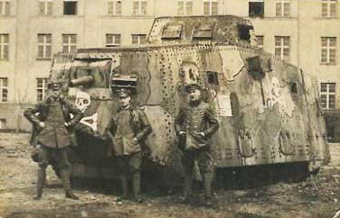 A7V tank and officers