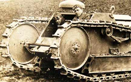 Ford-Light-Tank-with-two-brave-soldiers-