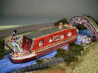 Narrowboat paper model photo