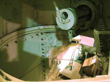 Inside the Renault WWI Light Tank- Turret