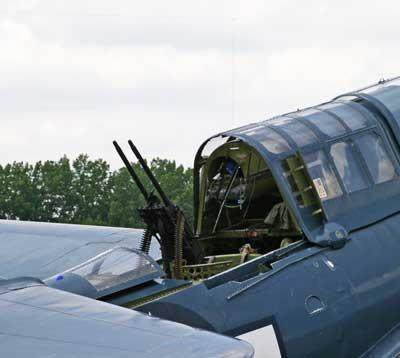 Curtiss-SB2C-Helldiver-Dive-Bomber-Rear-Gunner.jpg